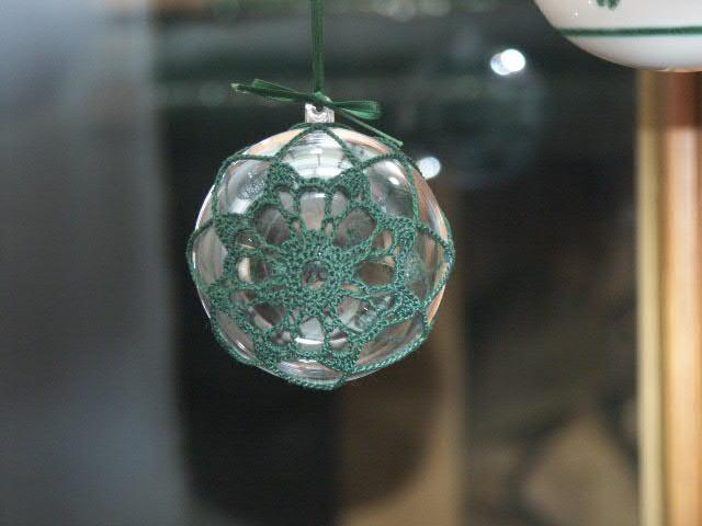 Hübsche gehäkelte Weihnachtskugeln – Fräulein Ohwieschön